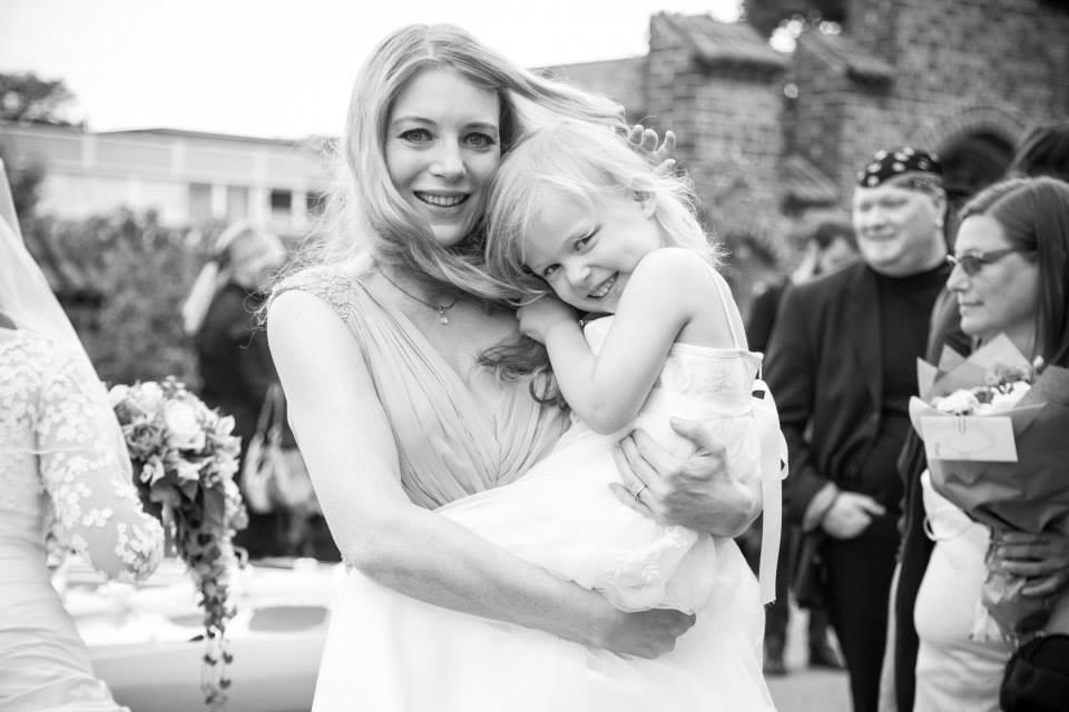 Gry og Lærke - brudepiger til veninde Anita Hjorth Lerches bryllup Hamza Asghar - HD Photography DK